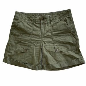 Dockers Women Green Khaki Fold Up Hem Short Size 4